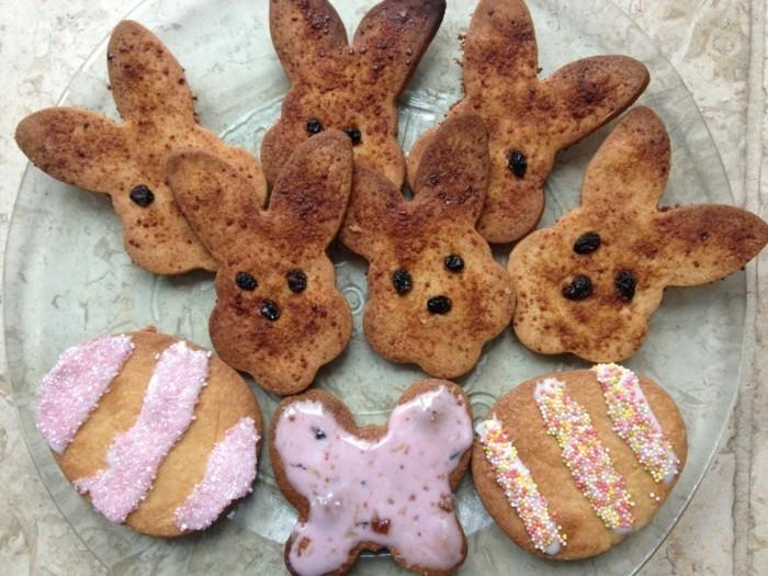 osterplätzchen backen kekse verzieren festlich dekorieren