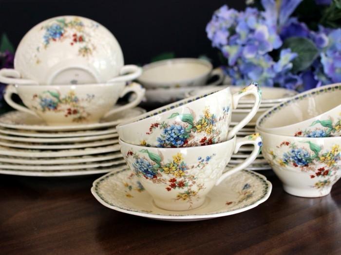 porzellan geschirr vintage erbstücke sammlerstücke kaffeeservice kaffeetassen