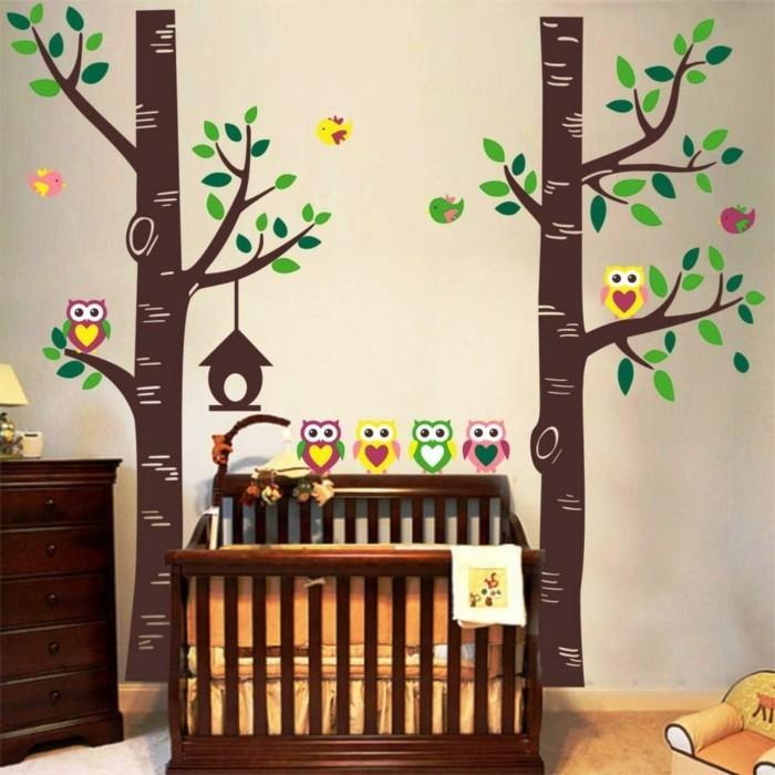 schöne wandtattoos bäume dekoideen kinderzimmer