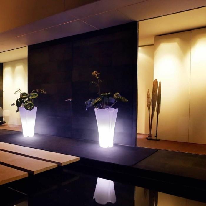 solar gartenbeleuchtung leuchtmittel gartenideen beleuchtung pflanzenbehälter