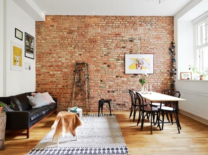 thonet stühle design klassiker kaffeehausstuhl esstisch wohnzimmer ledersofa zeigelsteine wand