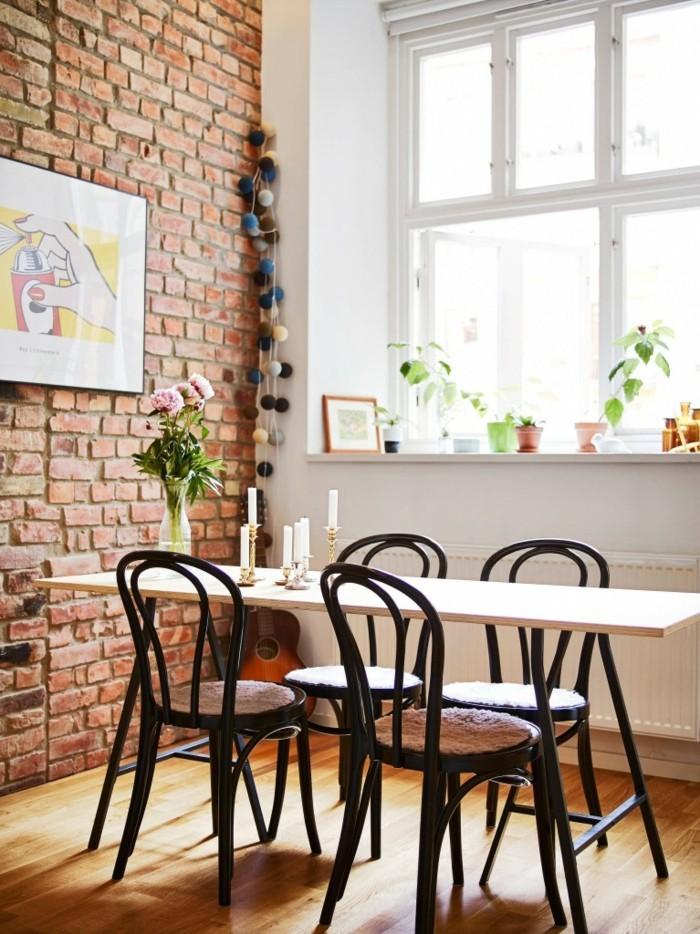 thonet stühle designklassiker esstisch holz essstühle ziegelsteinwand