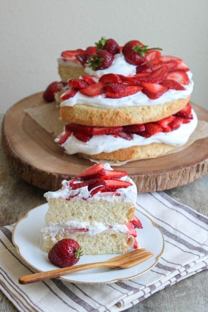 torte dekorieren erdbeeren desserts