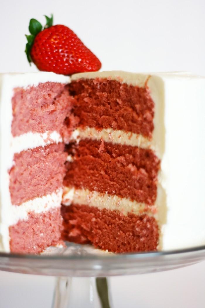 torte dekorieren erdbeeren süßigkeiten ideen