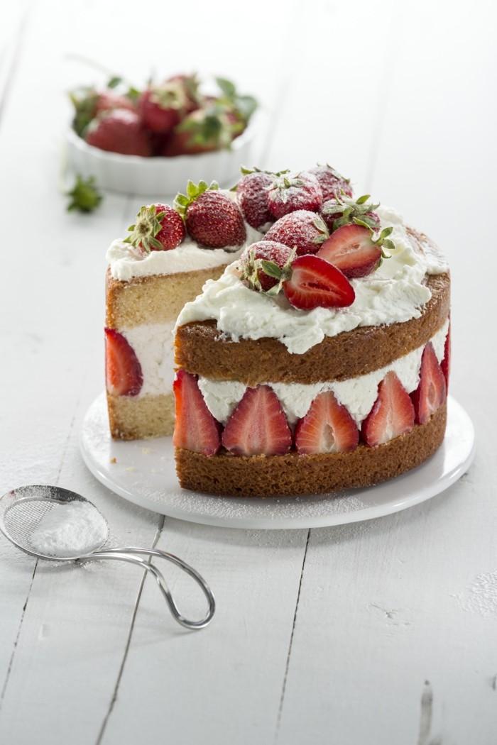 torten deko erdbeeren elegante idee