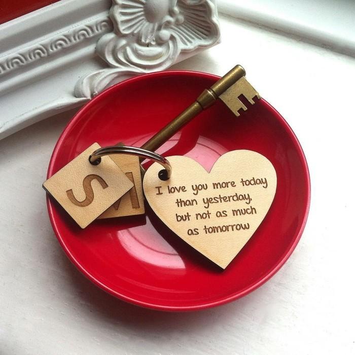 valentinstag geschenkideen schlüsselanhänger geschenkideen für ihn