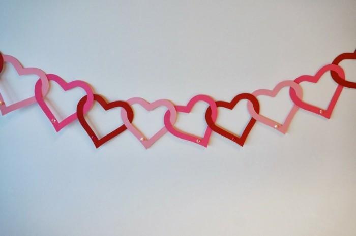 alles liebe zum valentinstag 30 wanddesigns mit herzen wie sie ihre liebe an der wand gestehen. Black Bedroom Furniture Sets. Home Design Ideas
