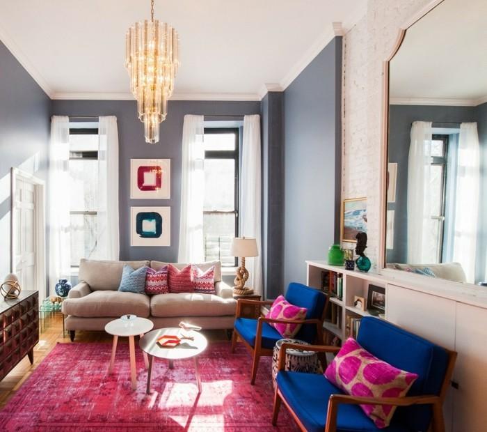 wohnideen wohnzimmer eklektische einrichtung farbiger teppich graues wände