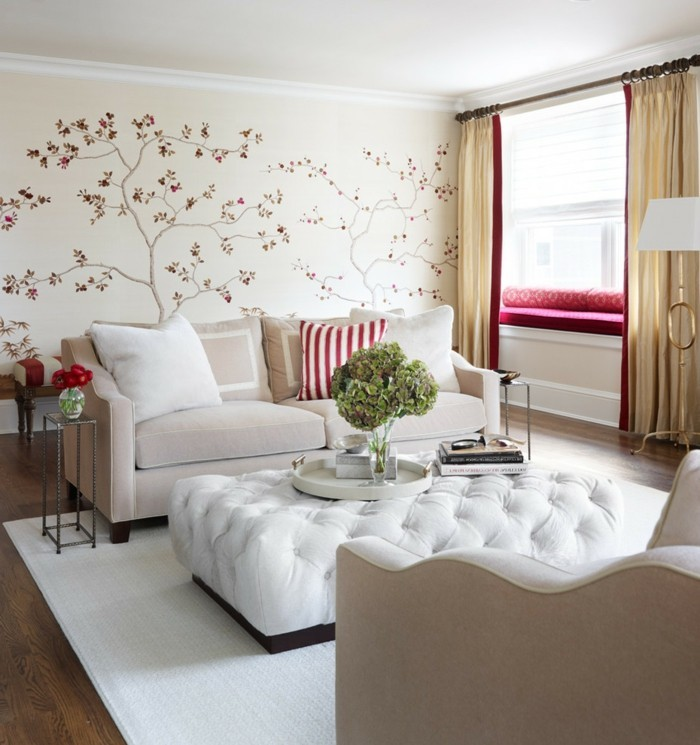 wohnideen wohnzimmer weißer teppich florale deko