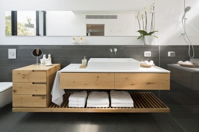 bad mit holz einrichten waschtisch mit schubladen und regalen