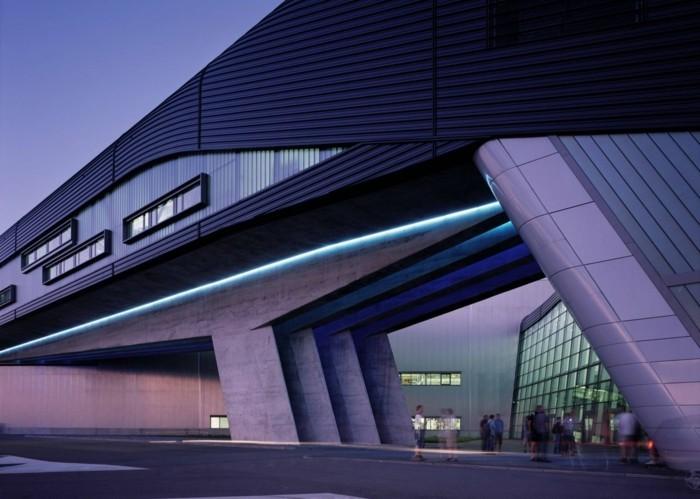 Beruhmte Architekten Das Leben Und Werk Von Zaha Hadid