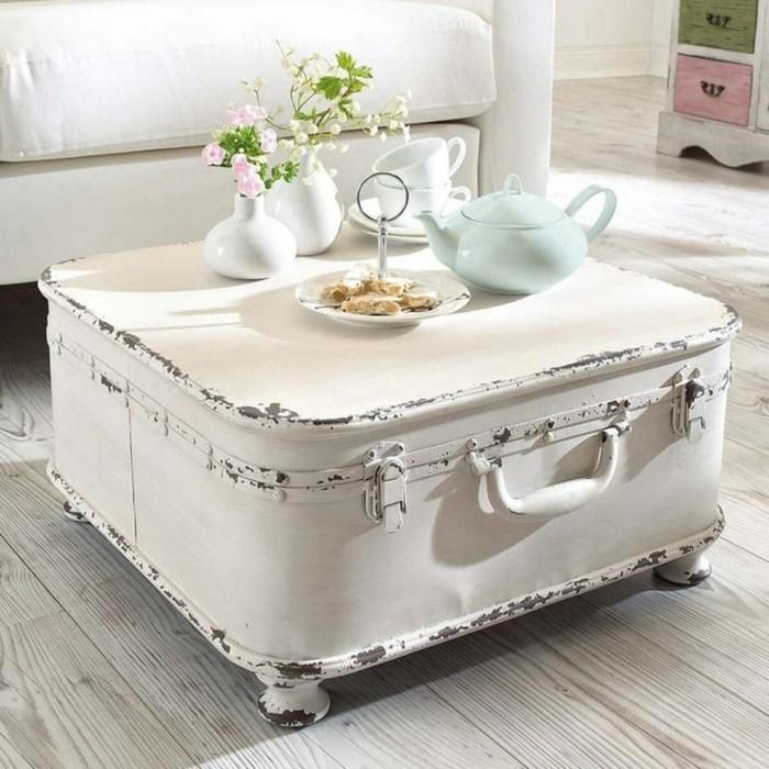 couchtisch weiß selber bauen aus einem alten koffer
