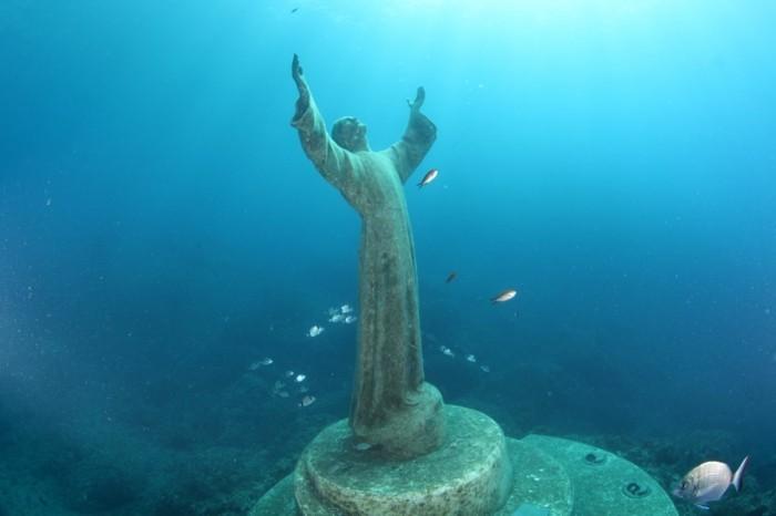 das unterwasser wunder christi