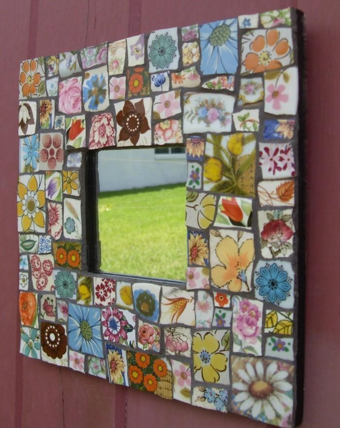 deko-ideen-selbermachen-mosaikfliesen-farbig-lustig-spiegelrahmen