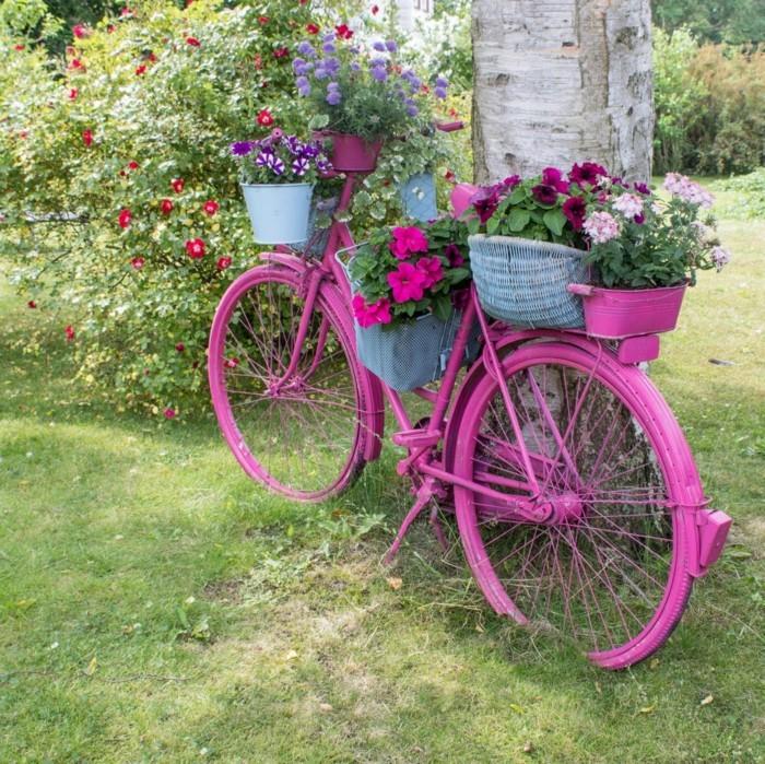verwandeln sie das alte fahrrad in ein atemberaubendes deko fahrrad f r ihren garten. Black Bedroom Furniture Sets. Home Design Ideas
