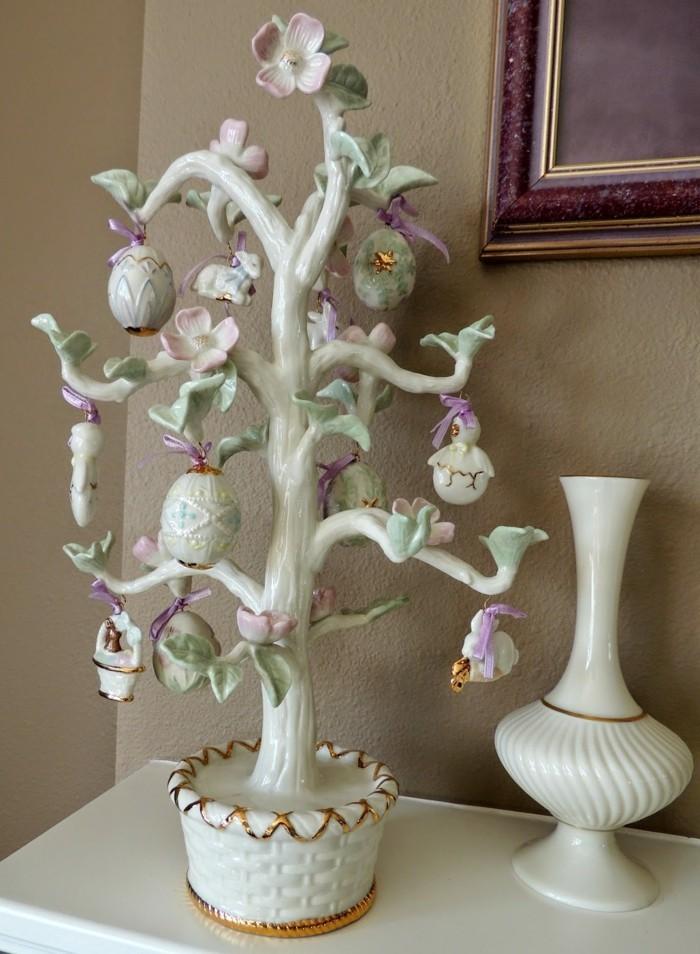 ein porzelan osterbaum