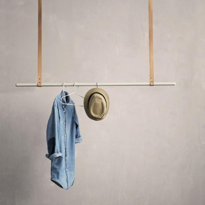einrichtungstipps lederstreifen garderobe kleiderbügel ferm living