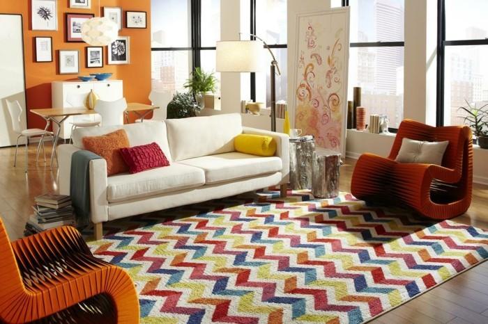 farbkombinationen für das moderne zuhause zig zag muster und stilvolles weißes sofa