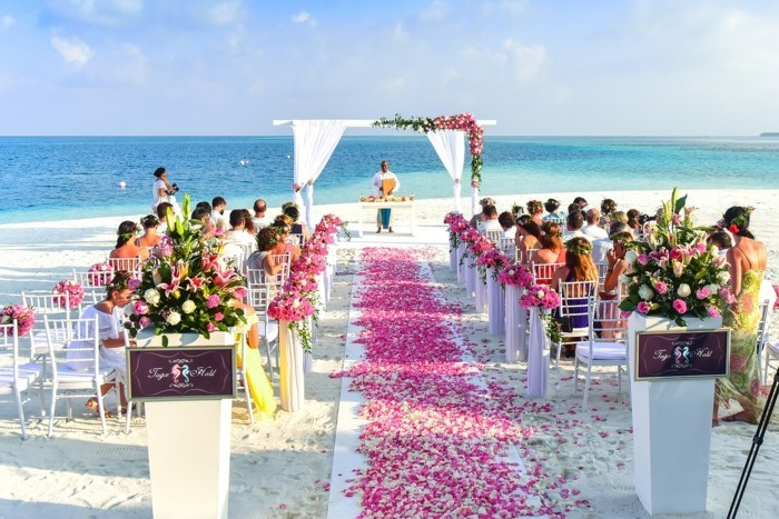 What is a free wedding?