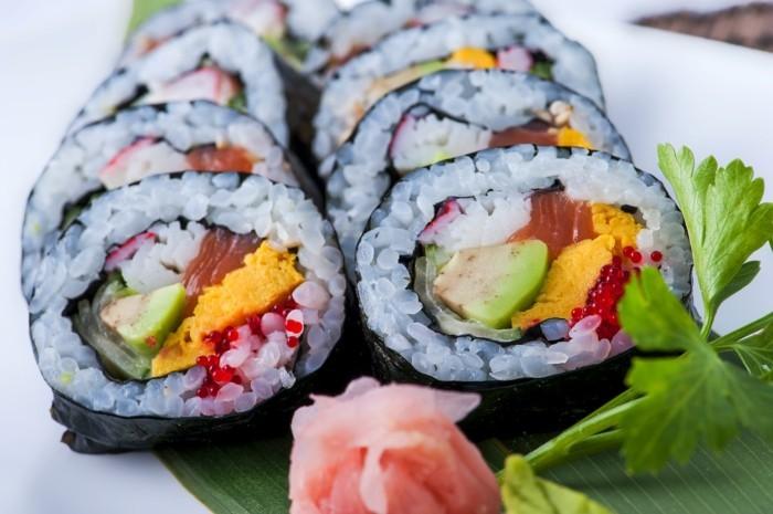 futo maki leckeres sushi