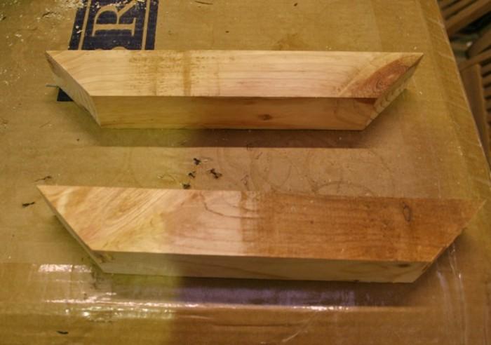 gartenmöbel-selber-bauen-anleitung-für-einen-esstisch