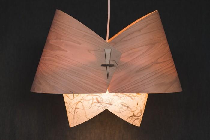 holzlampe desogner lampe lampen design design lampen wandlampe blumig verbiegung