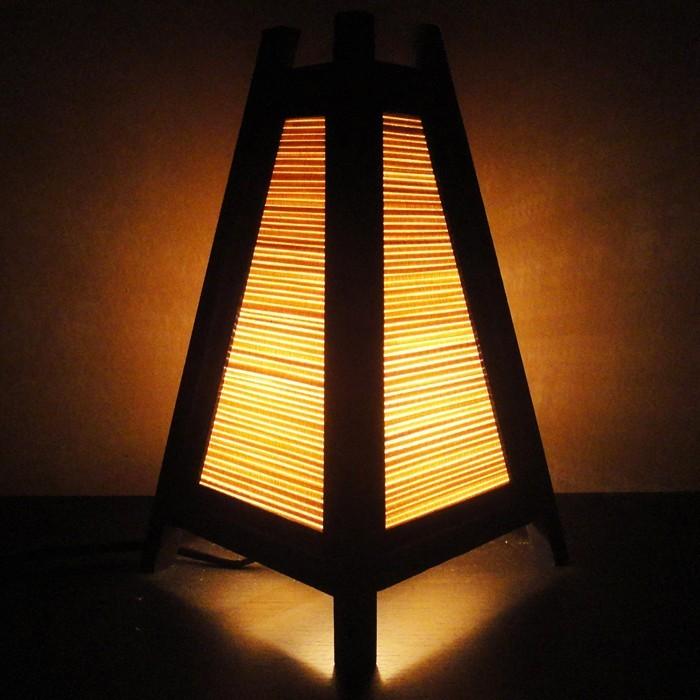 holzlampe desogner lampe lampen design design lampen wandlampe blumig form