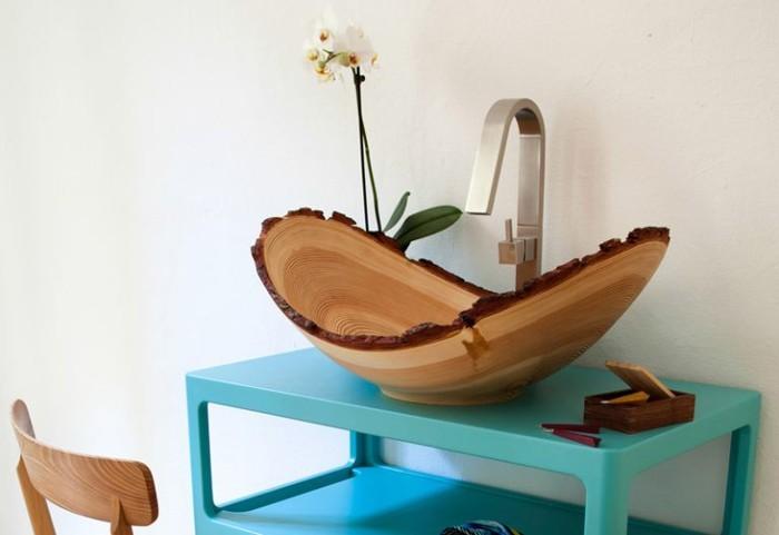 holzwaschbecken badezimmer gestalten holzoberfläche frisch modern bad