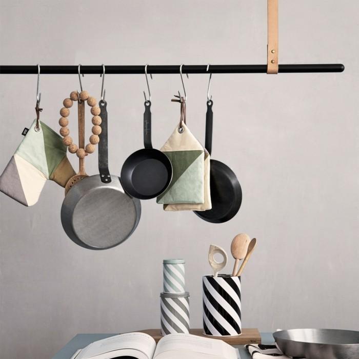 küchengestaltung hängeregal geschirrgestell ferm living einrichtungstipps