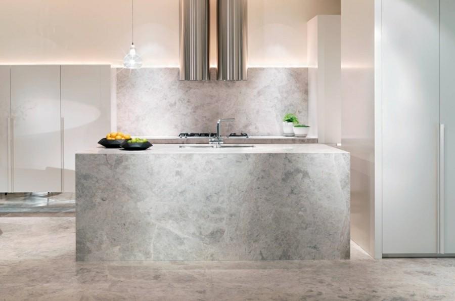 marmor bodenbelag küchenrückwand kücheninsel mit spüle
