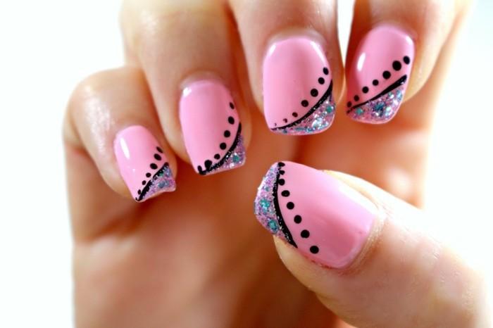 nageldesign frühling rosa nagellack und dekoration