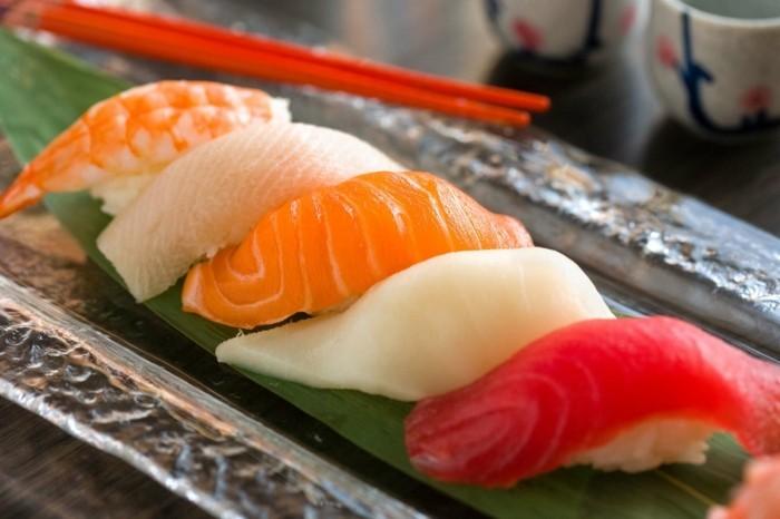 nigiri sushi zubereiten und gleich essen