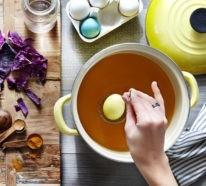 Ostereier bemalen mit natürlichen Farben und Techniken