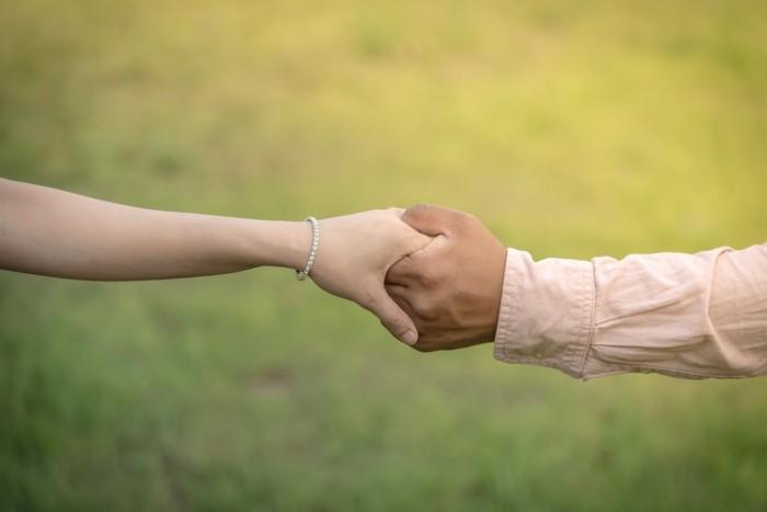 partnerschaft durch freie trauung in der natur