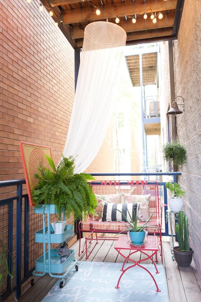 platzsparende moebel kleinen balkon gestalten leichte konstruktion