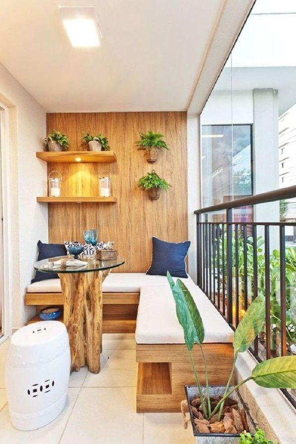 balkon ideen balkongestaltung platzsparende wanddeko holz