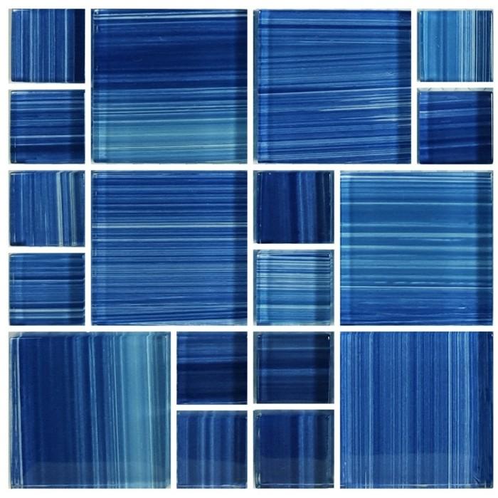 pool fliesen in kobaltblau