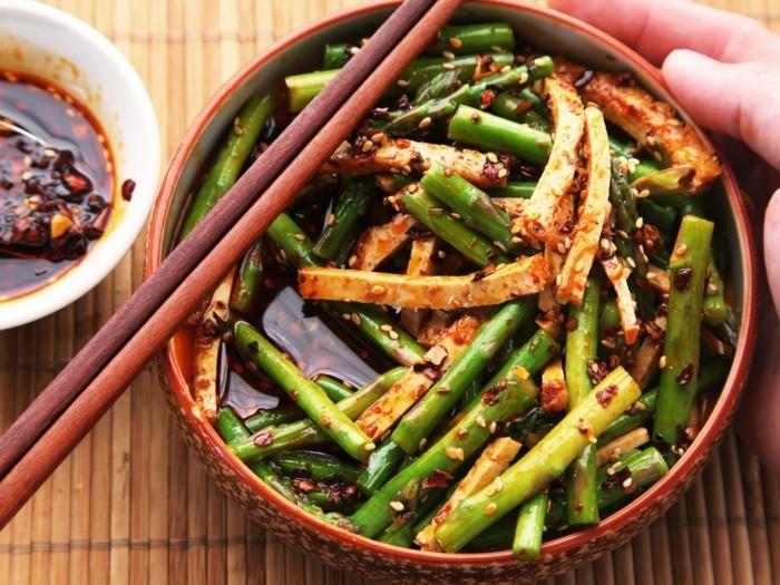 spargelsalat mit tofu fuer ein gesundes leben