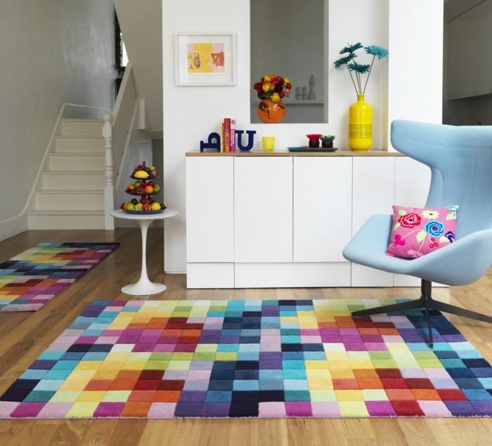 farbkombinationen wohnideen wohnzimmer farbiger teppich weiße möbel