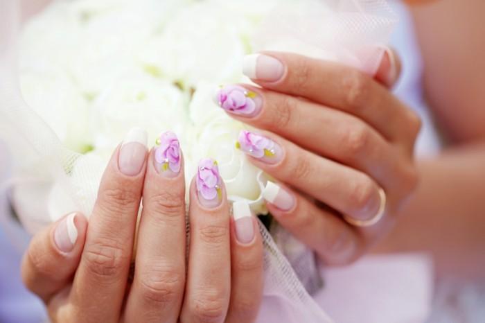 hochzeitsmaniküre-blumenmotive-french-nails-für-hochzeit