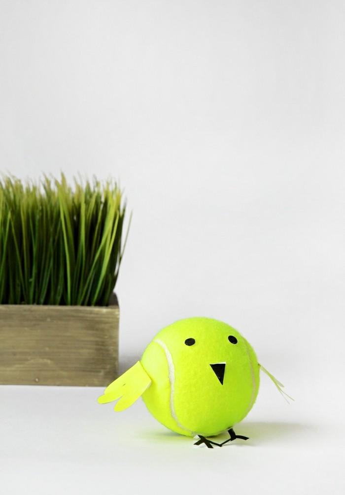 deko selber machen aus tennisbällen kindern freude bereiten