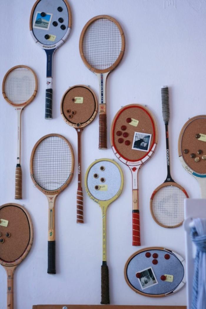 deko selber machen aus tennisschlägern schöne wanndeko basteln