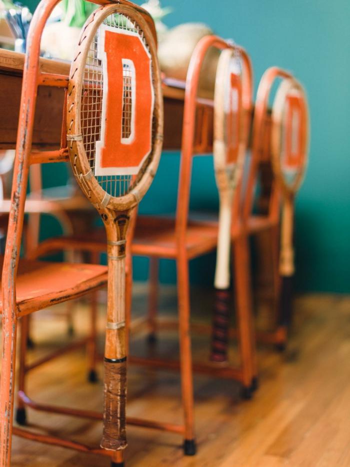 deko selber machen und tennisschläger benutzen
