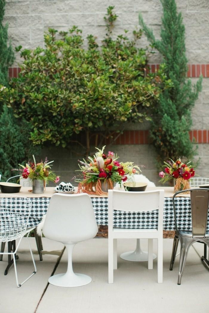 garten sitzecke 99 ideen wie sie ein outdoor wohnzimmer. Black Bedroom Furniture Sets. Home Design Ideas