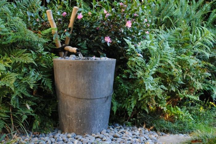 gartendeko aus beton runde kieselsteine gartenpflanzen gartenideen zen