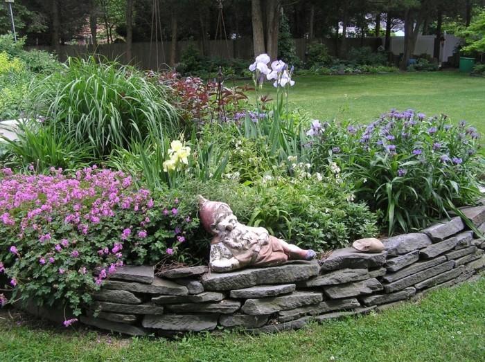 Gartengestaltung Für Wenig Geld Mit Steinplatten Gartenzwerg 55 Günstige  Gartenideen: Einen Schönen Garten Mit Wenig Geld Gestalten!