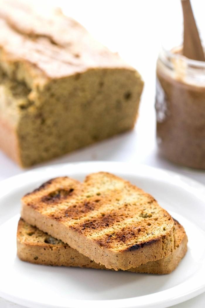 gesund frühstücken glutenfreies brot mandeln