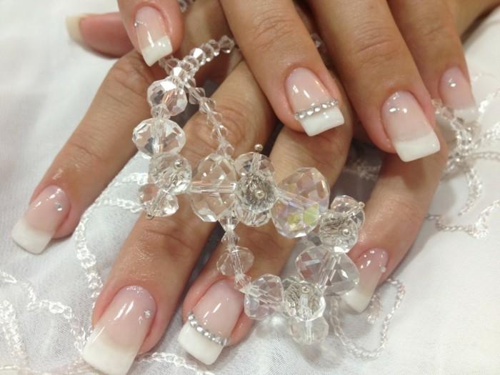 glitzersteine french nails gelnägel hochzeit