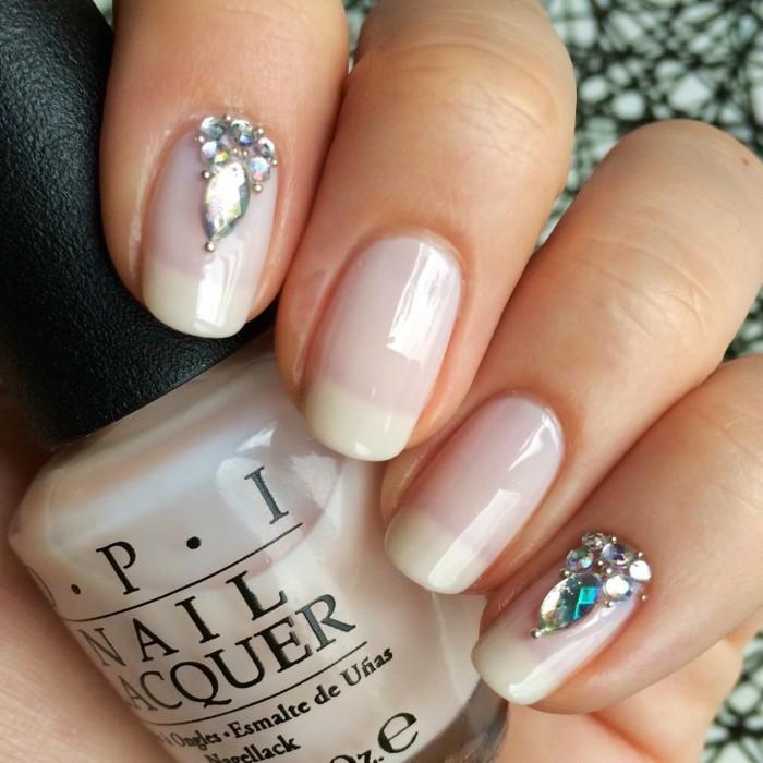 glitzersteine nageldesign für hochzeit durchsichtiger nagellack