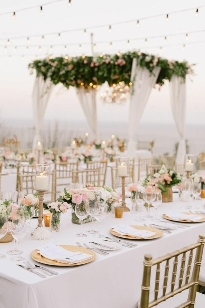 hochzeitsfeier im garten weiße tischdecken und frische blumendeko